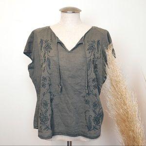 Eddie Bauer linen Embroidered Blouse